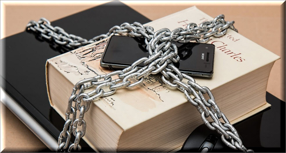 chains on book
